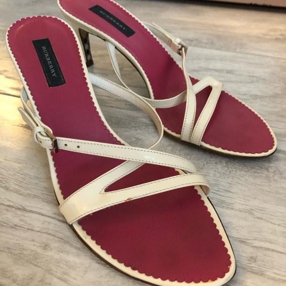 Burberry Patent Leather Strap Slide Sandals